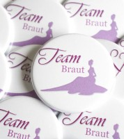 """Team Braut""-Button mit Silhouette - 44 mm"