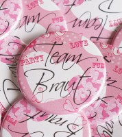 """Team Braut""-Button - pink - 44 mm"