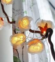 """LED-Lichterkette """"Große Stoffrosen"""" - 1,75 m"""
