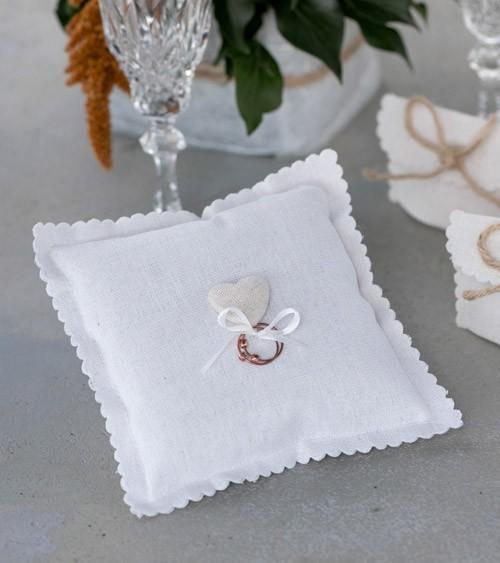 Ringkissen mit Herz - weiß - 15 x 15 cm